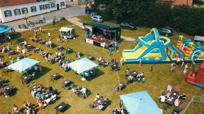 Kobbegem Kermis ging dit jaar in openlucht door en dus niet in de traditionele tent.