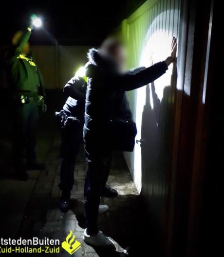 Drugs en knuppel in beslag genomen bij controle in Sliedrecht