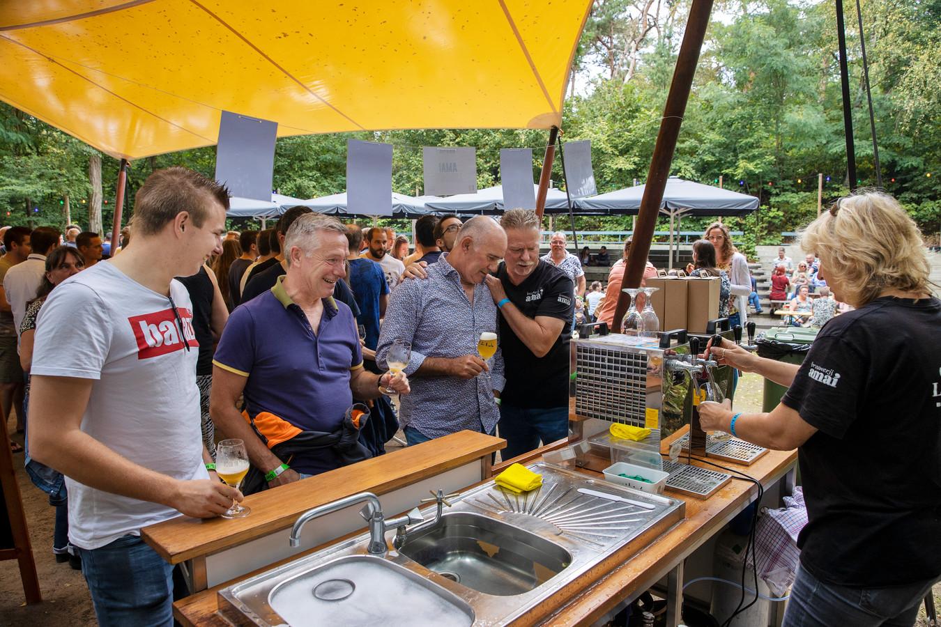 Zondag was de derde editie van Bier in 't Bos in openluchttheater De Hunnebergen in Luyksgestel.
