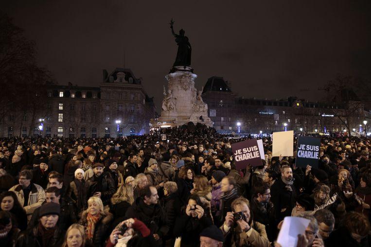 Een massale demonstratie op het Place de la République in Parijs. Beeld afp