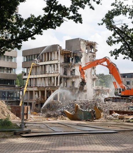 Jaren 70-kolos Radboud Universiteit verdwijnt onder sloophamer