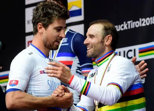 Peter Sagan geeft het stokje over aan Alejandro Valverde.