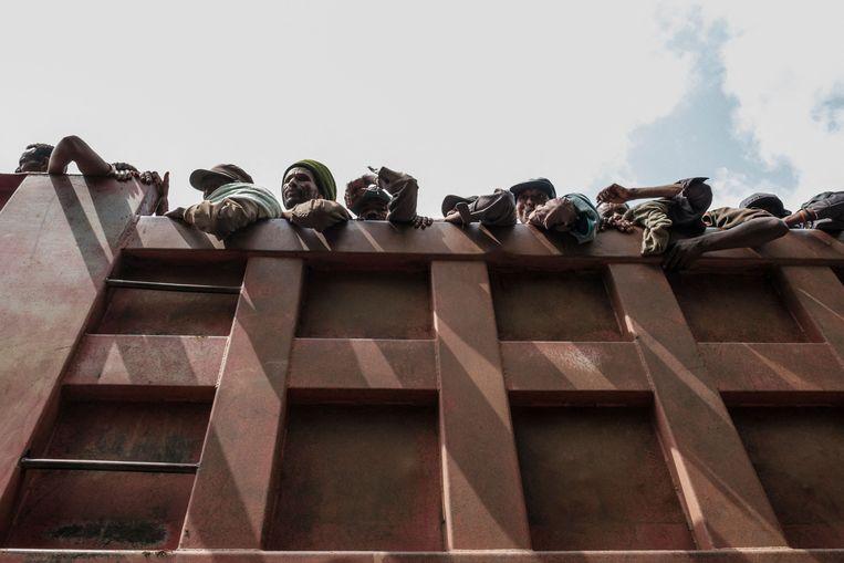 Militieleden uit Amhara vertrokken twee weken geleden naar het front vanuit Gondar.  Beeld AFP