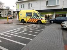 Fietser gewond na aanrijding op kruispunt in Hengelo