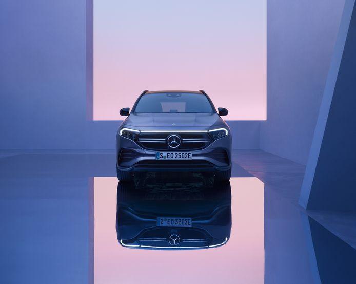 Mercedes EQA.