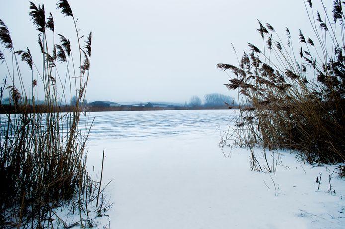 Bevroren meer in Etten.