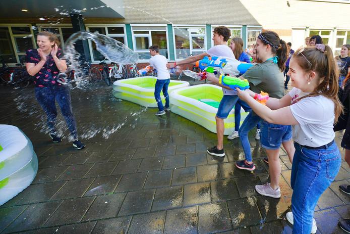Kolderdag op het Cambium College (locatie aan de Courtine) in Zaltbommel.