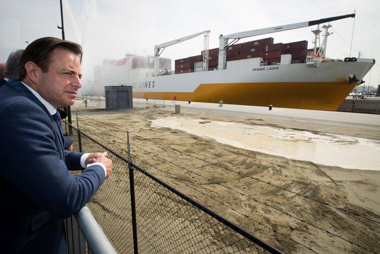'Mijn advies voor Bart De Wever? Drugs zijn altijd een antwoord op pijn. We moeten ons als maatschappij afvragen waar die pijn vandaan komt, anders zal het probleem nooit weggaan.' Beeld BELGA