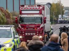'Vrachtwagen met 39 doden deel van konvooi', bestuurder aangeklaagd, vijfde verdachte vast
