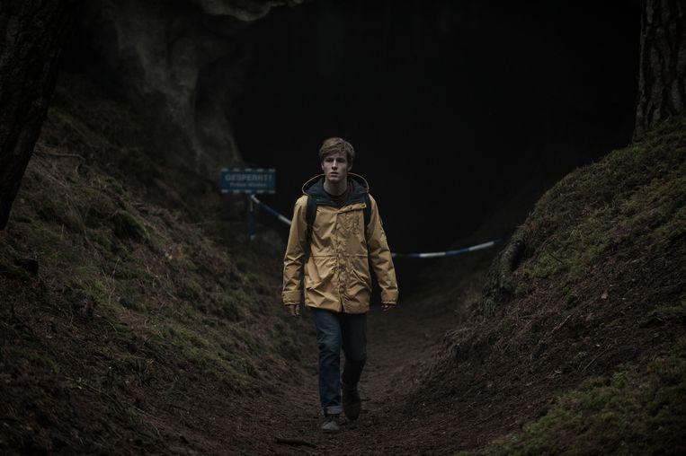 'Dark' is de eerste Duitse reeks die speciaal voor Netflix gemaakt is. Beeld Netflix