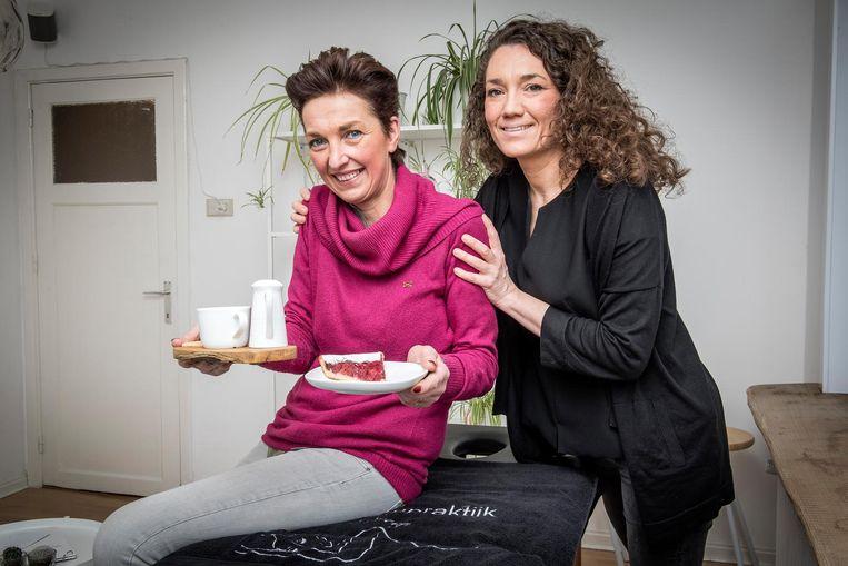 In Bakkerij/Koffiehuis Wivine (links) kan je voortaan ook terecht voor een massage, die wordt gegeven door gediplomeerd masseuse Valerie Serpieters (rechts).