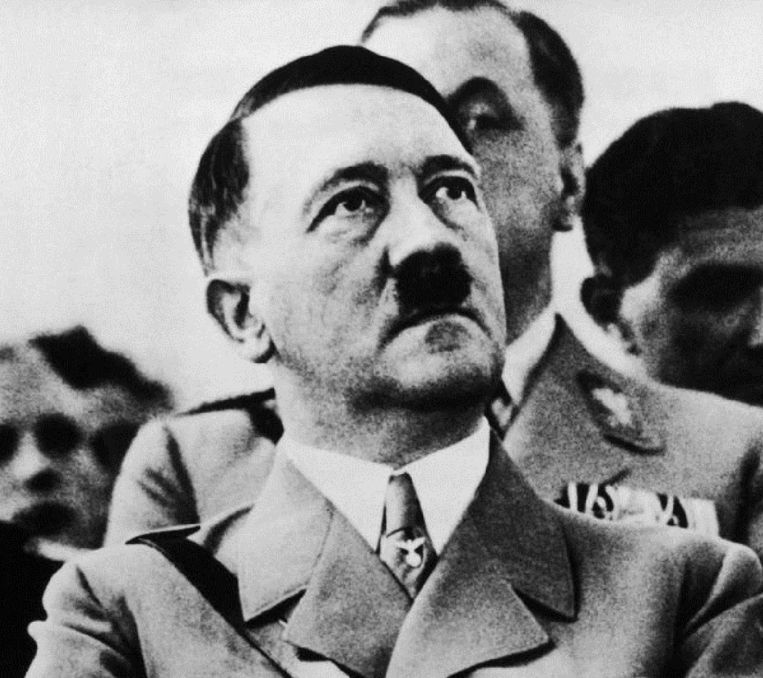 Eén van de verklarende factoren is het verlangen van geweldplegers om hulde te brengen aan Columbine of andere verjaardagen van massamoorden of zelfs Hitlers verjaardag (20 april) door op dezelfde dag toe te slaan.