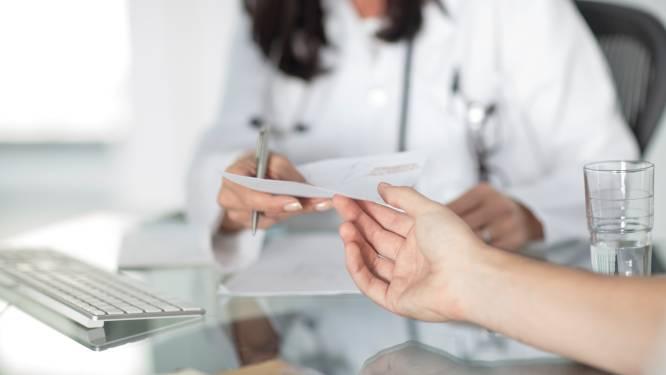 """""""Artsen kunnen voortaan zonder zorgen eAttest uitschrijven"""""""