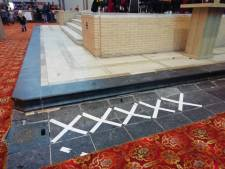 'Scheuren in Gouwekerk zijn niet het gevolg van tijdelijke ijsbaan'
