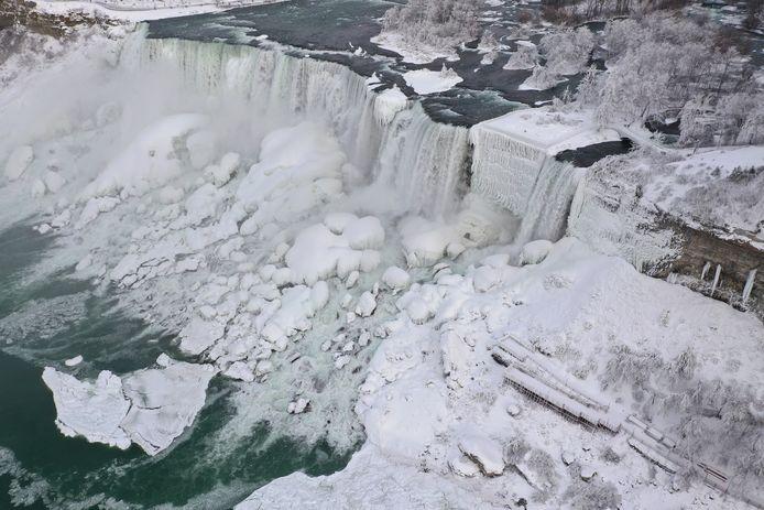 Sprookjesachtige beelden bij de Niagara Falls.