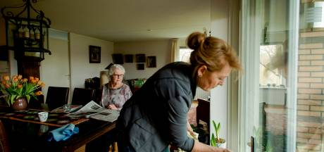 Huishoudelijke hulp in Zutphen op de schop, zo krijgen de hulpen weer tijd voor hun cliënten