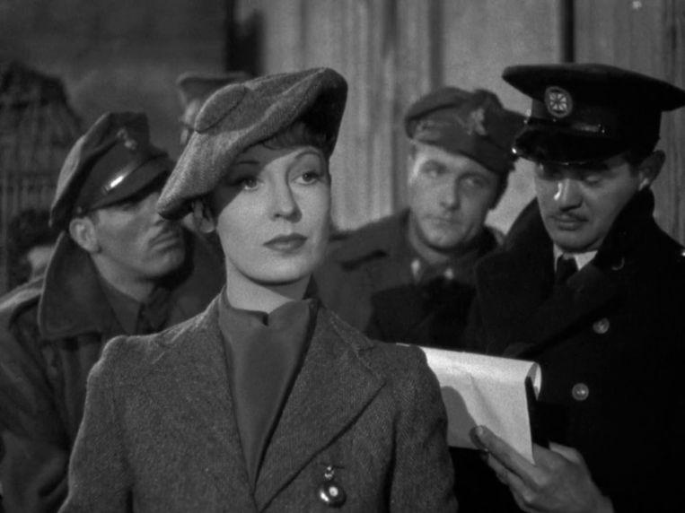 The Spy in Black (1939).  Beeld rv