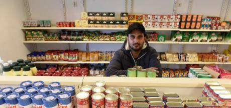Syrische vluchteling opent winkel in Maarheeze: 'Ik ben pas een week open, maar heb nu al vaste klanten'