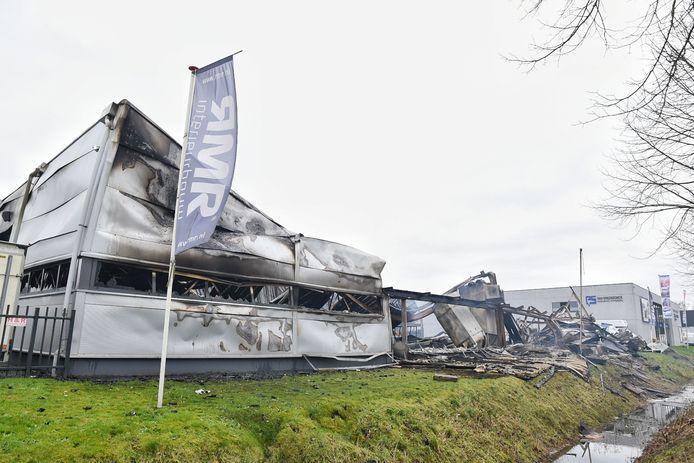 De schade na de brand is enorm.