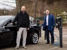Efteling plaatst zestig extra laadpalen en heeft nu grootste laadplein van de Benelux