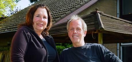 Corné en Marion ontwikkelen mobiele opbaarkamer om thuis afscheid te nemen van dierbaren