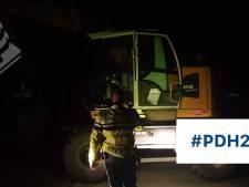 Onbekenden 'joyriden' in graafmachine Den Helder, politie doet onderzoek