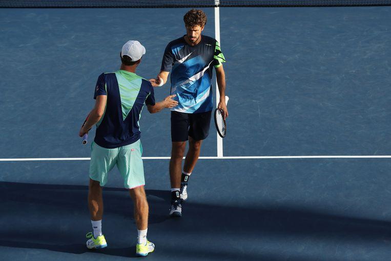 Robin Haase (rechts) en Matwé Middelkoop in actie tijdens het dubbeltoernooi van de US Open. Beeld Getty Images