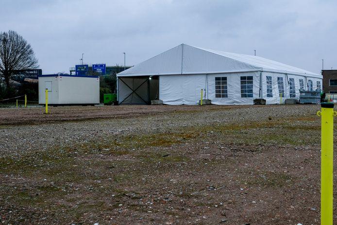 Het drive-intestcentrum op parking 4 op Brussels Airport opent één van de komende dagen de deuren.