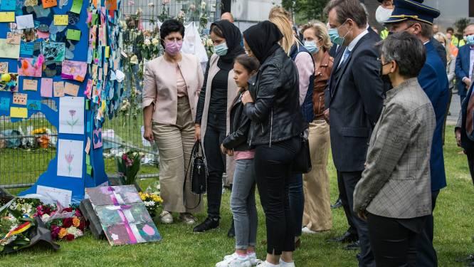 """Moldavische weduwes emotioneel bij herdenking drama Nieuw Zuid: """"In ons thuisland is er geen toekomst, wij willen in België blijven"""""""