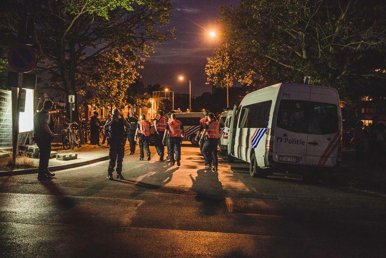 De politie zal dit jaar opnieuw massaal in de straten aanwezig zijn.