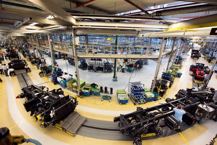 Assemblagelijn bij Scania in Zwolle.