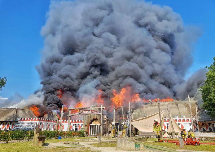 Brand hoofdgebouw Beekse Bergen