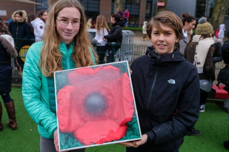 Martina en Jan van de International School of Brussels vlogen mee met de Poppy Flight.