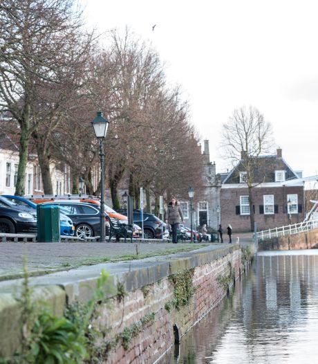 Renovatie kademuren Oude Haven wordt een jaar uitgesteld; 'Het duurt even, maar dan heb je ook wat'