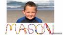 Mason met zijn kanjerketting.