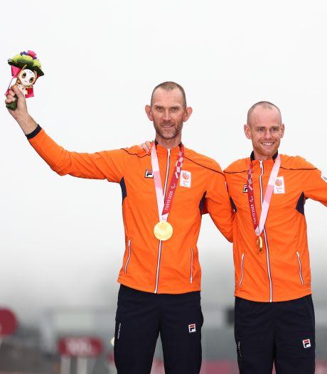 Houtenaar Vincent ter Schure prolongeert op Paralympics titel in de wegwedstrijd