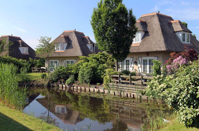 Ouderen wil graag het hele jaar wonen in het vakantiepark in Hellevoetsluis.