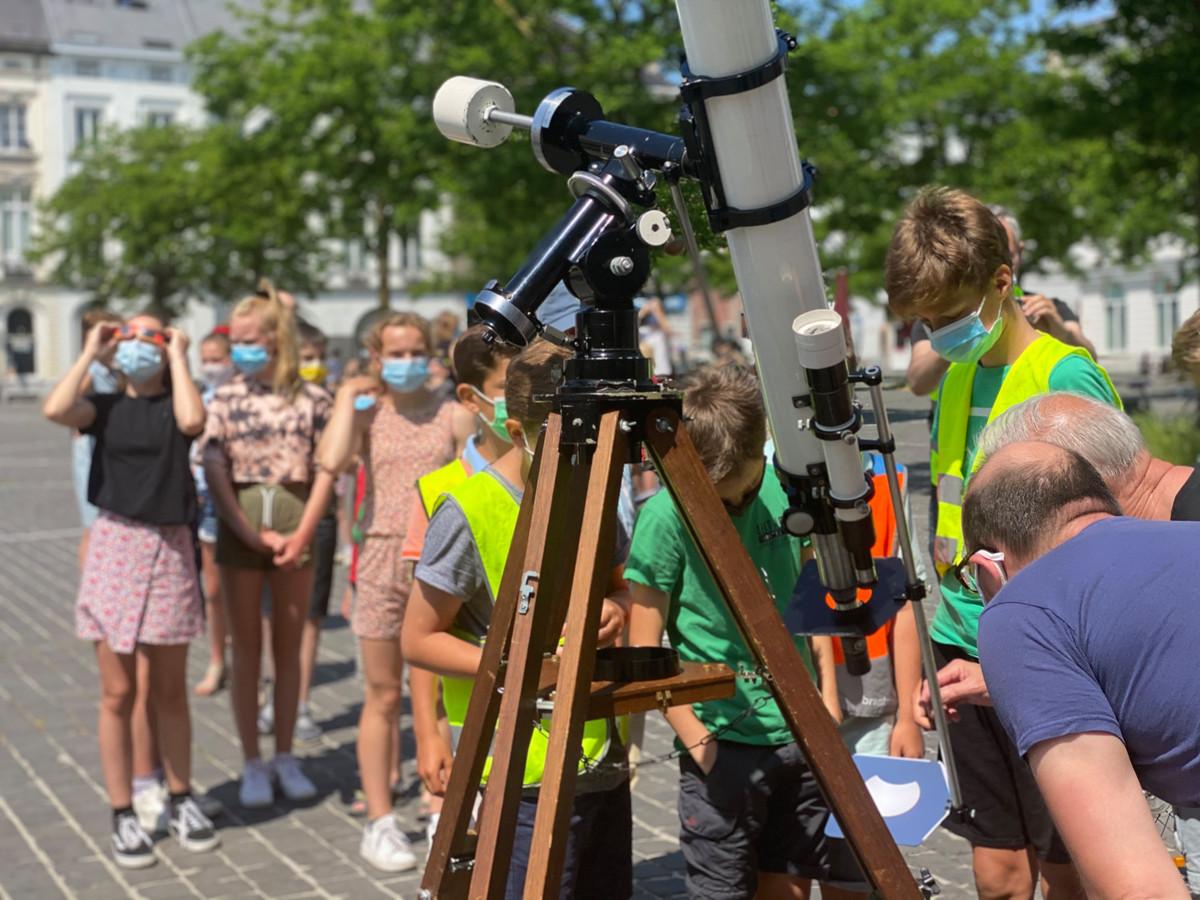 Volkssterrenwacht Armand Pien zorgde onder meer voor een projectie van de gedeeltelijke zonsverduistering.