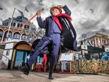Spontane dans met straatmuzikant uit Eindhoven gaat hele wereld over: 'We waren toe aan iets positiefs'