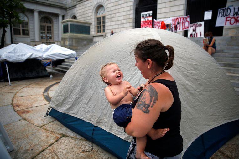 In juli 2020 bivakkeerden mensen voor het stadhuis van Portland om aandacht te vragen voor het gebrek aan opvang.   Beeld  Getty