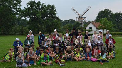 Leerlingen Sint-Michielsschoool samen met rusthuisbewoners naar Bokrijk