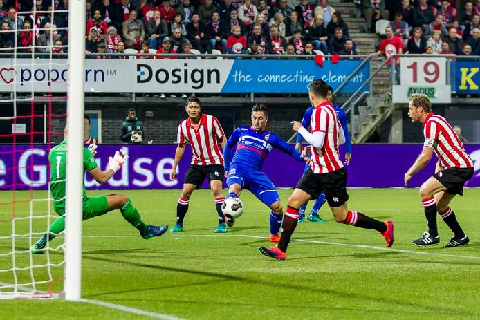 De openingtreffer van Fran Sol vorig seizoen op Het Kasteel tegen Sparta.