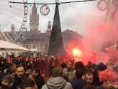Ajax-supporters maken er een feestje van in binnenstad Lille