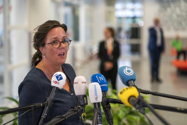 Minister Tamara van Ark voor aanvang van een overleg met de voorzitters van de 25 veiligheidsregio's over hoe het coronavirus beter met maatwerk kan worden bestreden. Beeld ANP