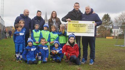 FC Lembeke steunt Kinderkankerfonds