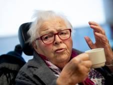 Zoetekauw, vieze voetjes en natuurlijk de oorlog: Deventer ouderen schrijven verhalen over herinneringen