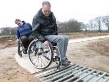 Voetpad Heemser Hooilandenweg bij Hardenberg niet rolstoelvriendelijk: 'Bam, in volle vaart'