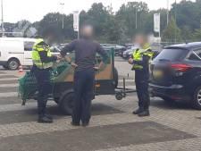 Man in Tilburg opgepakt die 1141 dagen gevangenisstraf uit moet zitten; politie schrijft 155 verkeersboetes uit