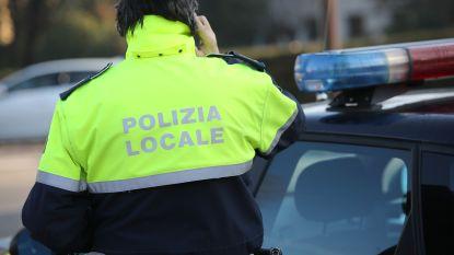 Belgische Porschebestuurder weigert te stoppen voor politie in Italië: agent in ziekenhuis