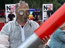 Une centaine d'activistes manifeste contre les armes nucléaires à Kleine Brogel
